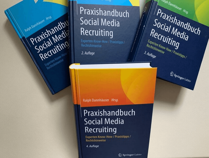 Praxishandbuch Social Media Recruiting - 4 auf einen Streich